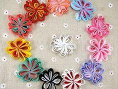 modele-de-fleurs-en-tissu-faciles-a-realiser-idee-comment-faire-une-fleur-en-tissu