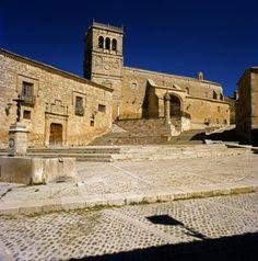 Morón de Almazán (Plaza Mayor)