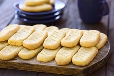 Original Scottish Shortbread ist ein süßes Mürbteiggebäck, das in Schottland traditionell zu Schwarztee serviert wird. Probieren Sie das Rezept aus!