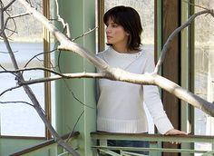 Sandra Bullock as Kate Forster Lake Cabins, Lake Cottage, Sandra Bullock, Prime Video, All Things Beauty, Cute Hairstyles, Mtv, Beauty Hacks, Beauty Tips