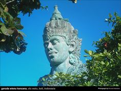 garuda-wisnu-kencana-1 by Ronsen, via Flickr This looks extremely cool