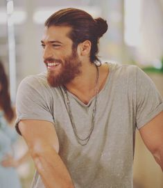 Hello, elegants in this video we will look at the top 5 most Handsome Turkish actors. This video brings you the best stylish Turkish actors. Man Bun Hairstyles, Mens Hairstyles With Beard, Haircuts For Men, Beard Styles For Men, Hair And Beard Styles, Long Hair Styles, Beautiful Men Faces, Gorgeous Men, Beard Look