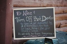 Unplugged wedding signs - various examples. Wedding Trends, Wedding Blog, Wedding Planner, Our Wedding, Wedding Photos, Wedding Ideas, Wedding Stuff, Wedding Decor, Free Wedding