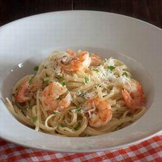 Egy finom Tejszínes tészta a tenger gyümölcseivel ebédre vagy vacsorára? Tejszínes tészta a tenger gyümölcseivel Receptek a Mindmegette.hu Recept gyűjteményében! Seafood, Spaghetti, Food And Drink, William Hill, Ethnic Recipes, Google, Italy, Sea Food, Noodle