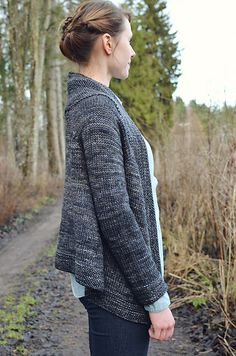 This sweater was designed as part of Bespoke: Sweaters, a little collection of lovely pullovers and cardigans.