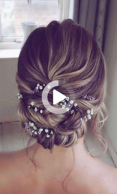 Of all the many decisions you have to make about your wedding. Your wedding decor isn't the only way to reflect your romantic elegant... #weddinghairstyles Chignon Wedding, Bridal Updo, Bridal Hairstyle, Hairstyle Ideas, Wedding Hairstyles For Medium Hair, Medium Hair Styles, Hair Inspiration, Hair Cuts, Hair Accessories