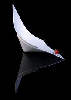 simona gleissnerova - porcelain plate  collection XXL