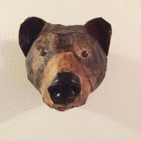 Create a realistic bear head faux trophy mount for your wall with this easy pattern. Cut the pieces out, tape them together, and cover with paper mache. Paper Mache Crafts For Kids, Paper Mache Projects, Bear Head, Black Bear, Diy Projects To Try, Art Education, Norway, Looks Great, At Least