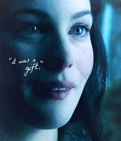 """It was a gift."" Arwen - (GIF)"