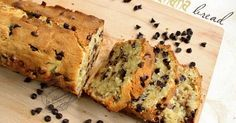 Une recette de banana bread, cake typique des USA à la banane et aux pépites de chocolat. Une pâtisserie fondante et facile à réaliser !