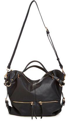 DAILYLOOK Sadler Vegan Leather Shoulder Bag in black