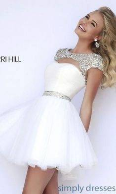 Shop prom dresses and long gowns for prom at Simply Dresses. Floor-length evening dresses, prom gowns, short prom dresses, and long formal dresses for prom. Cute Homecoming Dresses, Hoco Dresses, Pretty Dresses, Beautiful Dresses, Evening Dresses, Dress Prom, Sherri Hill Prom Dresses Short, White Homecoming Dresses Short, Freshman Homecoming Dresses