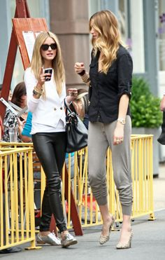 Olivia palermo and whitney port casual lunch outfit, whitney port hair, olivia palermo style Casual Lunch Outfit, Casual Outfits, Cute Outfits, Fall Outfits, Passion For Fashion, Love Fashion, Fall Fashion, Black And White Outfit, Olivia Palermo Stil