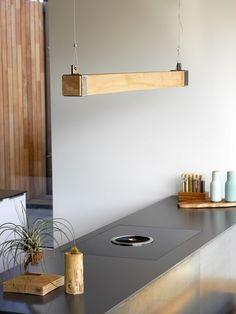 Unieke designlamp gemaakt van hout en staal! Prijs op aanvraag. Ook leverbaar in België. Vraag meer info aan!