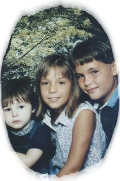 MYSELF AND MY BROTHERS (MARSHALL AND ALEX) WHEN WE WERE LITTLE! <3