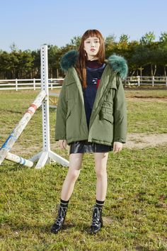 The parka may not be a Monday-Friday coat, but it works brilliantly as a weekend one. It's the only kind of coat that can carry off a hood. Lee Sung Kyung Photoshoot, Lee Sung Kyung Fashion, Korean Fashion Trends, Fashion 2017, Fashion Outfits, Weightlifting Fairy Kim Bok Joo Fanart, Female Pose Reference, Korean Actresses, Female Poses