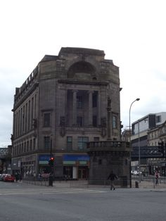 Glasgow`s mercat cross