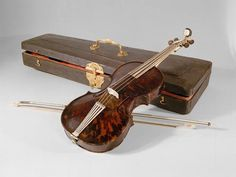 Violine, Wenzel Kowansky | 1749  Maria Theresia bought this violin, made of rare and translucent tortoise-shell, for the Treasury on March 6, 1749. Wenzel Kowansky, known only as a case maker, produced this show piece probably in cooperation with one of the Viennese violinmakers. Not of wood, it is unsuitable for playing. It does, however, give a detailed picture of the baroque violin.