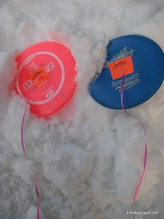 Killer B Disc Golf: Find your discs in the snow; use ribbons!