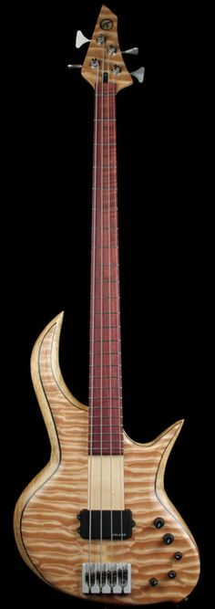 BEE Bass Stinger Electric Bass Quilt Top | The Music Zoo