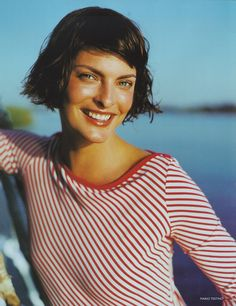 #LindaEvangelista by #MarioTestino for British Vogue May 1997