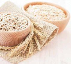 Un excelente #remedio contra los talones agrietados es la avena. Te ayudará a suavizar tu piel.  Mezcla una cucharada de harina de avena en polvo con aceite de jojoba. Déjalo actuar por 30 minutos.