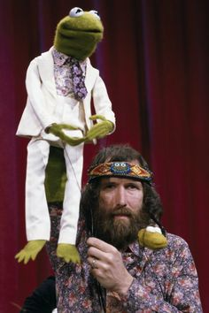 Jim Henson (9/24/36 - 5/16/90) The legendary & beloved Oscar nominated & Emmy Award winning genius Puppeteer, Screenwriter, Filmmaker & The Muppets creator with Kermit the Frog on the set of The Muppet Show (1980)