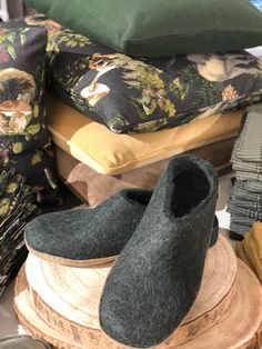Home - ediths Home Fashion, Slippers, Trends, Shoes, Accessories, Felting, Zapatos, Shoes Outlet, Slipper
