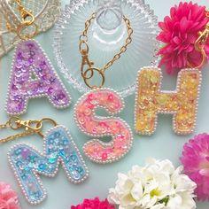 Unicorns and stars Baby Hair Accessories, Handmade Accessories, Handmade Jewelry, Bead Embroidery Jewelry, Beaded Embroidery, Hand Embroidery, Bead Jewellery, Beaded Jewelry, Beaded Brooch