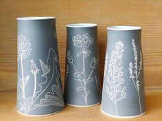 This pretty trio are headed to @prettyflyworkshop along with lots of other goodies. Thanks so much for your patience Nicola & Gregor. . . . . #ceramics #stoneware #sgraffito #vases #scottishwildplants #handmade #madeinscotland #dandelion #fieldpennycress #woodspurge #plantain #sheepssorrel #interiordesign #cremerging