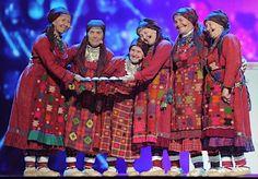 Nice ethnic dress. Women at the Eurovision 2012.  @ロシアのおばあちゃん準優勝