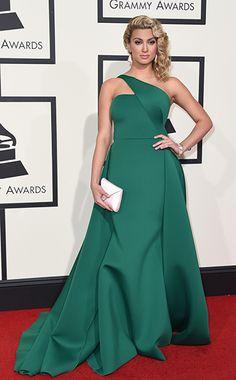 Tori Kelly at Grammys 2016 Grammy Fashion, All Fashion, Celebrity Outfits, Celebrity Style, Justin Bieber, Taylor Swift, Grammy Awards 2016, Tori Kelly, Hollywood