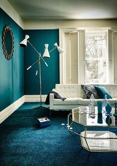 Oil blue lounge, blue duck and peacock blue Living Room Turquoise, Teal Living Rooms, Living Room Designs, Living Room Decor, Bedroom Decor, Bedroom Wall, Living Area, Blue Lounge, Table En Verre Design