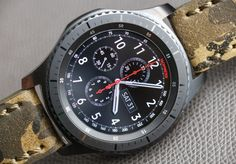 Full review of the S3 by Ariel and David is now live on aBlogtoWatch.com ○ 📩Read the review: http://www.ablogtowatch.com/samsung-gear-s3-smartwatch-review/