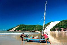 Morro do Careca ao fundo - Praia de Ponta Negra, Natal, RN