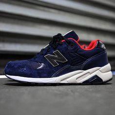 New Balance 580