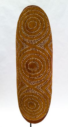 Aboriginal Australia Central Desert Shield, pre-Papunya An old beanwood shield with totemistic ceremonial dots, from the Australian Central. Aboriginal History, Aboriginal Culture, Aboriginal Dreamtime, Ancient Goddesses, Shield Design, Australian Art, Hand Art, Tribal Art, Traditional Art