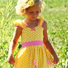 Cuuute Belle dress!! Kaylee needs it!