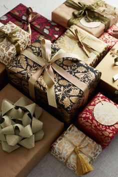 Creative Gift Wrapping, Present Wrapping, Creative Gifts, Wrapping Ideas, Christmas Gift Wrapping, Christmas Presents, Holiday Gifts, Christmas Decorations, Noel Christmas