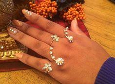 Four-Finger Flower Vine Ring Set by SuchaLadyApparel on Etsy