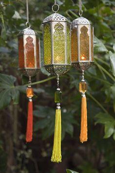 the lanterns! Hindu designed lanterns from IndiaLove the lanterns! Hindu designed lanterns from India Lantern Lamp, Candle Lanterns, Candles, Style Indien, Style Marocain, Deco Zen, Indian Garden, Garden Lanterns, Moroccan Decor
