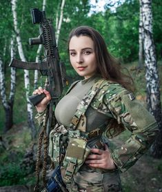 Fortune lady, Special force foxy fox the beauty and dangerous! Amazing Women, Beautiful Women, Elfa, Female Soldier, Military Girl, Warrior Girl, Military Women, Mode Style, Airsoft