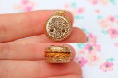 #kawaii #charms #polymer #clay #gold #macaroon