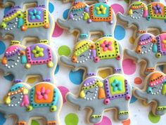 Circus Elephant Cookies - Elephant Decorated Cookies - 1 Dozen from lorisplace… Galletas Cookies, Iced Cookies, Cute Cookies, Royal Icing Cookies, Cupcake Cookies, Sugar Cookies, Circus Cookies, Elephant Cookies, Elephant Food