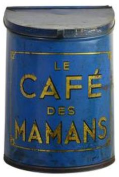 Le Cafe des Mamans Vintage Tins, Vintage Coffee, Vintage Kitchen, Store Counter, Counter Display, Coffee Box, Coffee Cans, Decorative Objects, Decorative Boxes