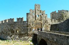Cidade medieval da Ilha de Rhodes - Foto: Ticiana Giehl e Marquinhos Pereira/Escolha Viajar