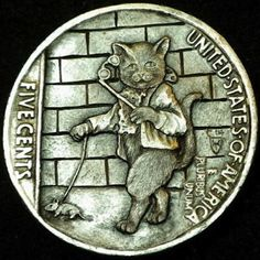 HOWARD THOMAS HOBO NICKEL - OUT FOR AN EVENING STROLL - 1937 BUFFALO NICKEL REVERSE CARVING Hobo Nickel, Coin Collecting, Art Forms, Making Out, Sculpture Art, Steampunk, Coins, Miniatures, Carving