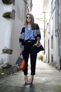 Zara pants & cardigan, Bershka shirt, Pull & Bear belt, Celine bag, Lovely Pepa x Krack shoes, SuperFuture sunglasses.