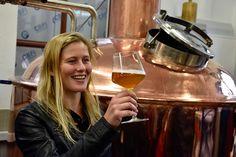 Best of Bio | beer 2016 auf Tour mit unserer Verkostungsleiterin in der Brauerei Kraft-Bier White Wine, Alcoholic Drinks, Beer, Glass, Brewery, Knowledge, Root Beer, Ale