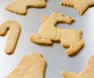 Gluten-Free, Sugar-Free Sugar Cookies! Definitely making these cookies for Christmas!